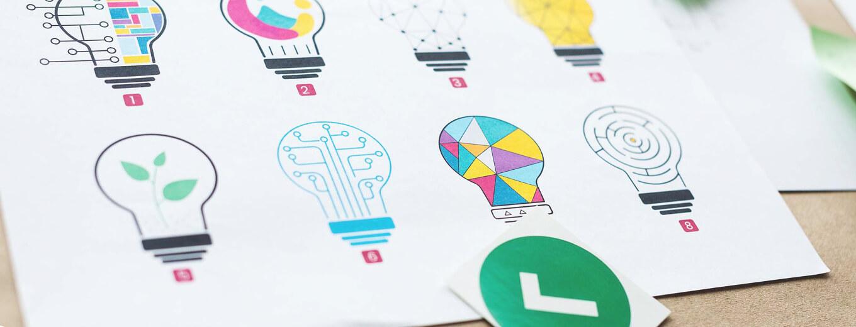 Нарисованные цветные лампочки